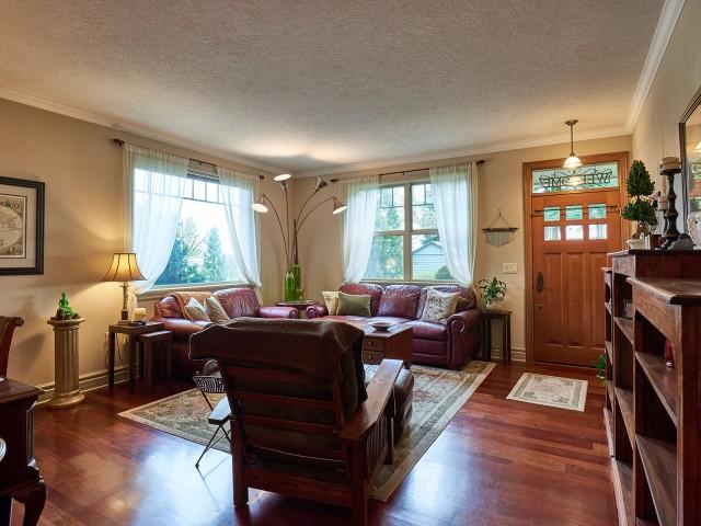 Woodburn, Woodburn Homes, Woodburn Oregon, 97071, Woodburn Real Estate, Woodburn Acreage, Woodburn Horse Property, Woodburn House, Woodburn Estate, Woodburn Custom